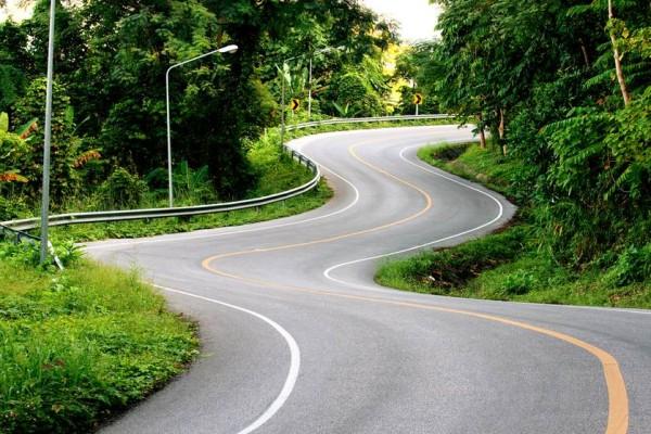 driving on windy road.jpg.838x0_q67_crop-smart