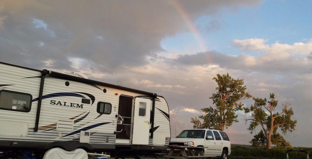 Liza Trailer Rainbow